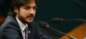 Pedro Cunha Lima ministra palestra sobre desafios para a educação brasileira