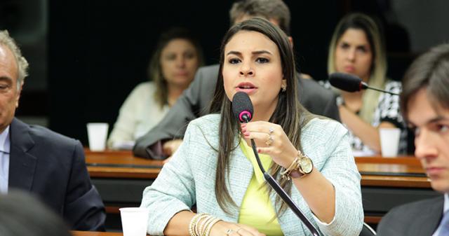 Mariana-Carvalho