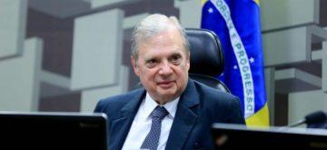 Tasso apresenta proposta para criação da Lei de Responsabilidade Social